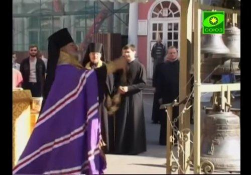 Колокола для Александро-Невской Лавры (видео)